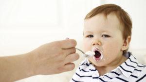 Alimentatia bebelusului la 8 luni
