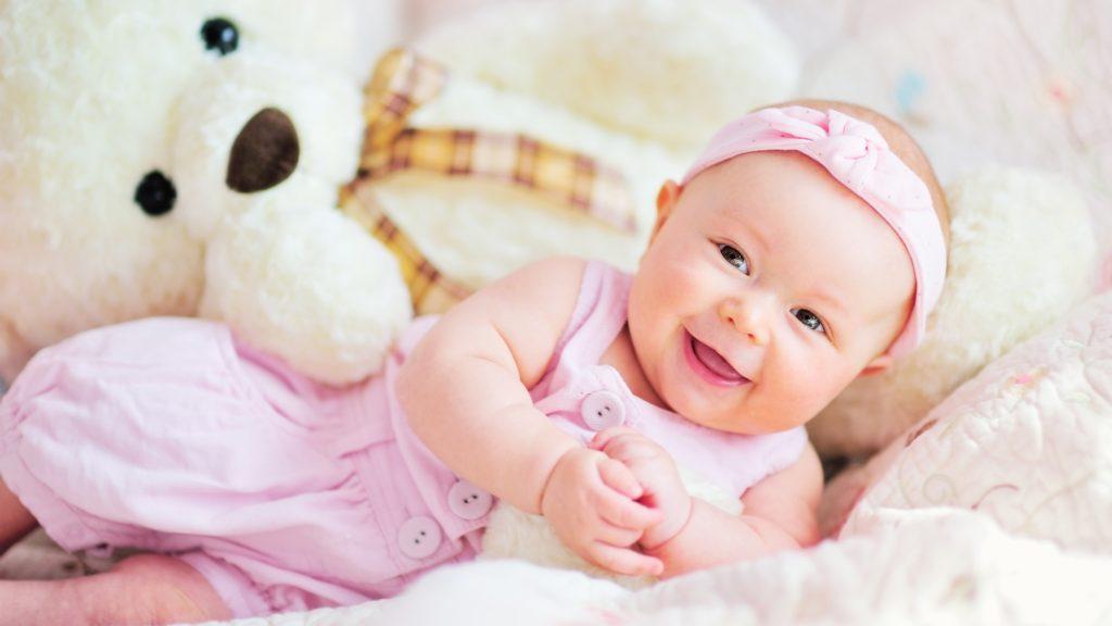 Dezvoltarea bebelusului pe luni