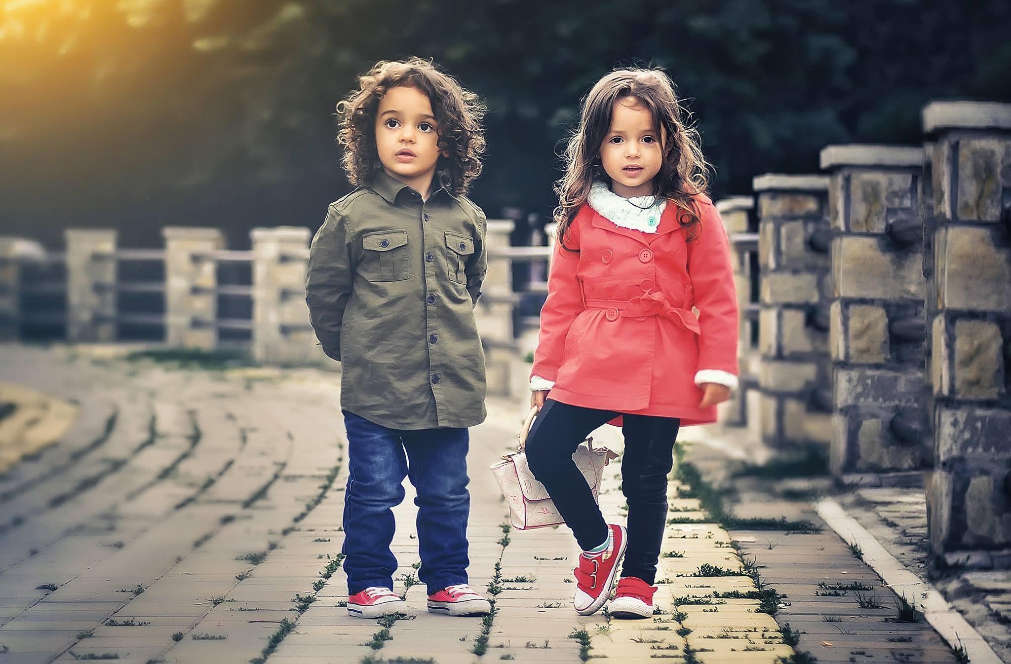 Cum să îi convingem pe cei mici să facă mișcare